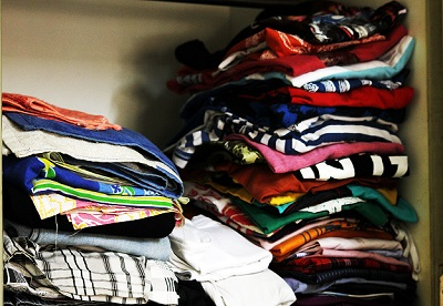 1689-clothes-stack